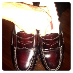 Slightly used Cole haan Oxblood burgundy loafers
